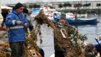 Ağlara Balık Yerine Çöp Takılıyor