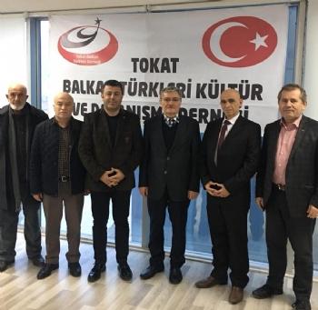 Eski Bakan Tokat Balkan Türkleri Derneği'nde