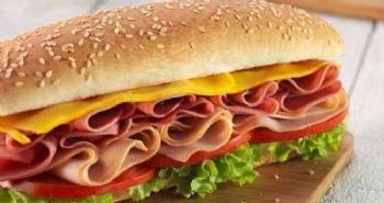 Sandviç Çalan Vekil İstifa Etti
